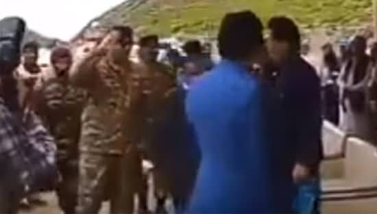 Army Chief General Qamar Javed Bajwa Salutes PM Imran Khan