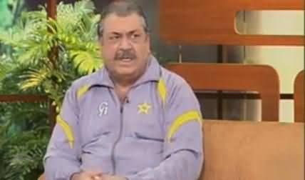 Azizi As Pakistani Cricket Team Coach Dav Whatmore