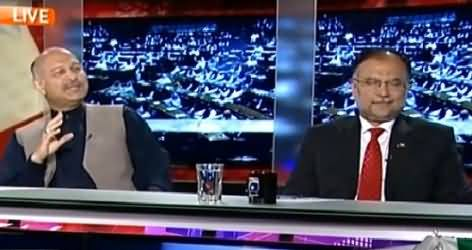 Capital Talk (Why Metro Train Project in Lahore, Why Not in Karachi?) – 21st April 2015