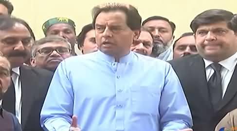 Captain Safdar Media Talk Along With His Lawyers