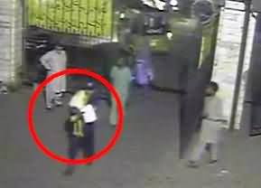 CCTV Footage of 5 Years Girl Who Raped and Thrown in Front of Ganga Ram Hospital Lahore