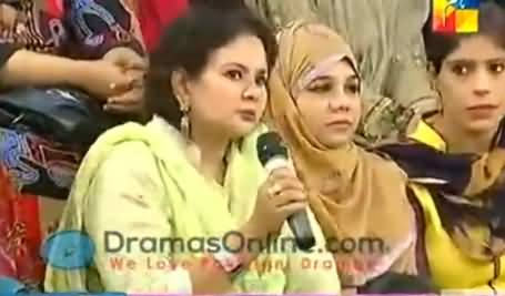 Fake Audience on Hum Tv Morning Show Forgets the Script
