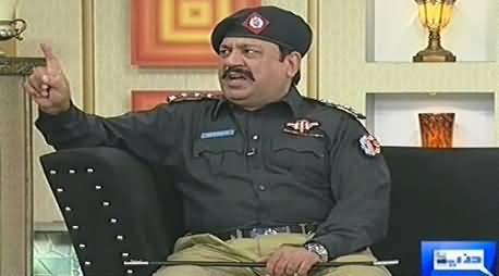 Hasb e Haal (Azizi As Police Inspector) – 28th September 2014