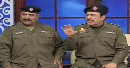 Hasb e Haal (Azizi as SHO Sadique) - 9th August 2019