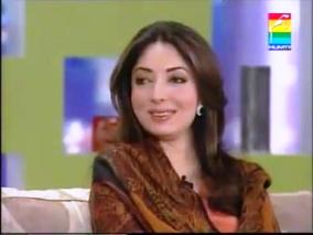 I am a Bollywood Girl - Watch Sharmila Farooqi's Love For Bollywood
