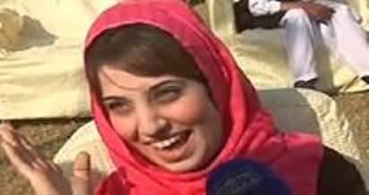 Imran Khan Sacha Banda Hai - Watch Passionate Females in PTI Gujranwala Rally