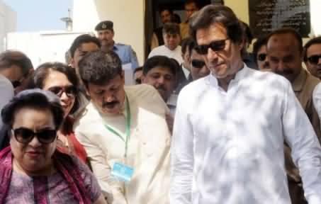 Imran Khan Submits More Documents in Supreme Court Regarding Panama Case
