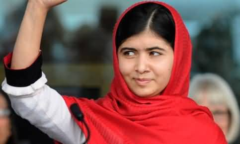 Malala Yousafzai Comes out as a Supporter of Salman Rushdie, the Writer of Satanic Verses