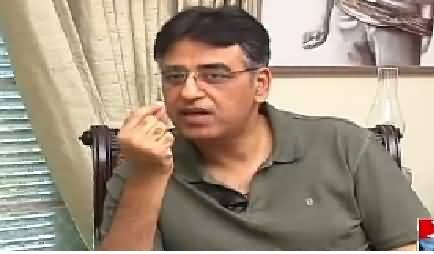 Mazrat Ke Sath (Asad Umer Exclusive Interview) – 25th August 2015