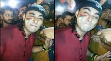 MQM Worker Making Fun of Imran Khan By Doing His Funny Mimicry