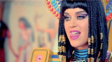 Muslims Angry At American Singer Katy Perry For Burning Allah's Name in Her New Music Video