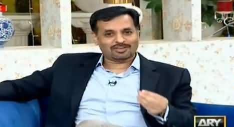 Mustafa Kamal Taking Break During Morning Show in His Own Style