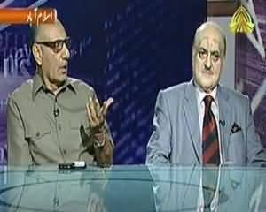 News Night - 15th Augus 2013 (Line of Control Par Pak-Bharat Kasheedgi..)