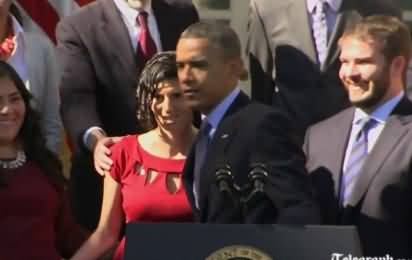 Obama Catches the Pregnant women during his speech, who was about to fall down