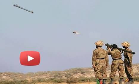 Pakistan Army Demonstrates Practice to Shoot Down the Drone infront of Prime Minister & COAS