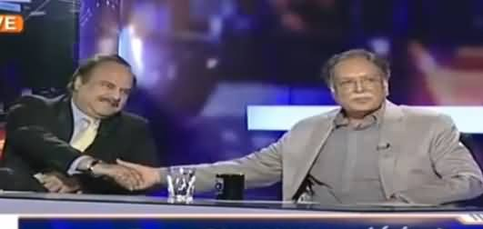 Pervez Rasheed And Naeem-ul-Haq Shake Hands in Live Show, But Why?
