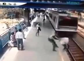 Real Activeness of Police: Watch How a Cop Stops a Suicide in Just a Momemnt