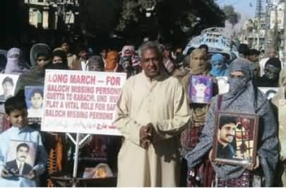 Relatives of Missing Persons begins Long March From Quetta Press Club