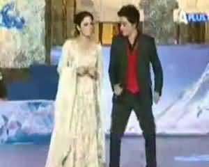Sahir Lodhi Dancing with Meera in Shahrukh Khan Style on Eid Show