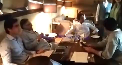 See What Happened When Imran Khan Arrived At Cafe, Hassan Nisar Also There