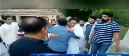 Shoaib Akhtar took a drive to Bani Gala to congratulate his childhood hero, Imran Khan