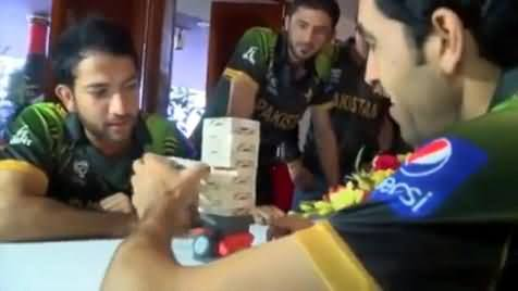 Shoaib Maqsood and Umar Gul Playing Funny Indoor Game in Bangladesh