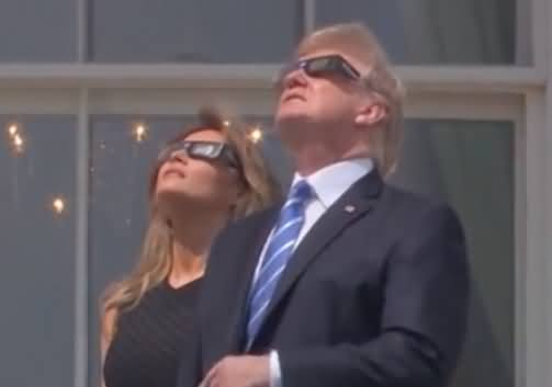 Solar Eclipse 2017 in USA: Donald Trump Looking Directly At The Sun