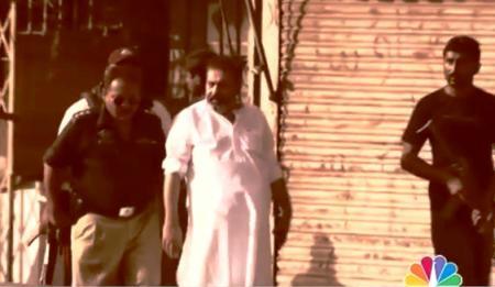 SSP Chaudhry Aslam Live in Lyari Gang War Karachi (Rare Video Before His Death)