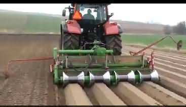 This Video Proves That Pakistan is About 100 Years Backward In the Field of Agriculture