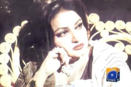 Today is 13th Death Anniversary of Noor Jahan (Malka e Tarannum) - 23rd December 2013