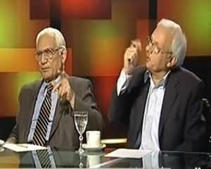 Tonight With Moeed Pirzada (Pervez Musharaf Ke Khilaf Ghaddari Ke Muqaddame Ka Aghaz) - 24th December 2013