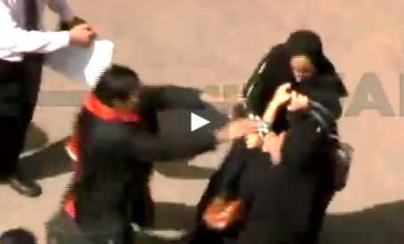 Two Women Fighting with Each Other in City Court Premises, Karachi