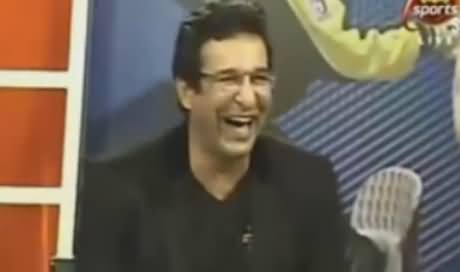 Wasim Akram Shares A Funny Story of A Missing Fielder on Imran Khan's Bowling