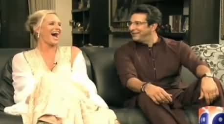 Watch Promo of Waseem Akram & His Wife's Special Interview on Eid