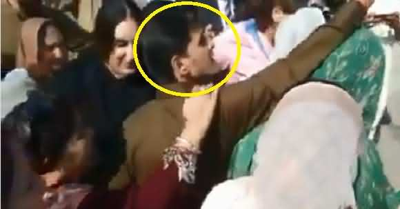 Why Did You Take Selfie With Asifa Bhutto ? PPP Worker Jostled By Bilawal Bhutto Guard